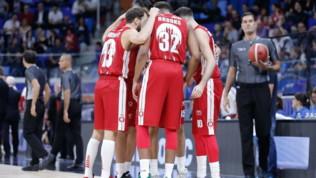 Basket, Serie A: Virtus in testa da sola, cadono Sassari e Milano, Venezia a valanga su Cantù