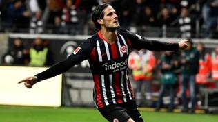 Bundesliga: Bayer Leverkusen travolto a Francoforte, l'Eintracht vince 3-0