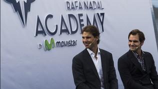 "Federer: ""Insegnerò alla scuola di Nadal"". La risposta: ""Ci mandi il curriculum?"""