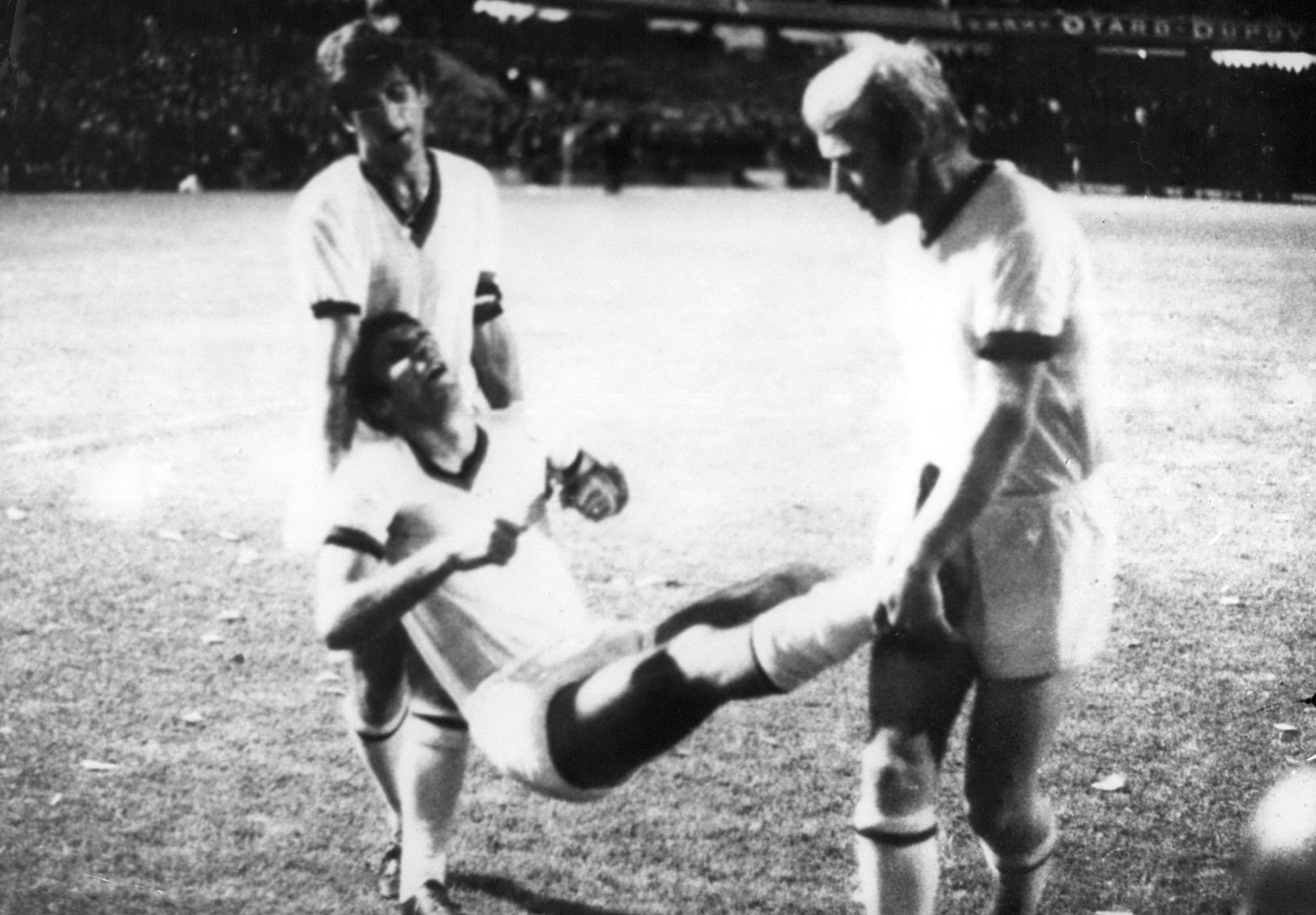 La prima coppa Intercontinentale del Milan è vicina ad un prestigioso anniversario, quelli dei 50 anni: il 22 ottobre 1969 i rossoneri perdono ...