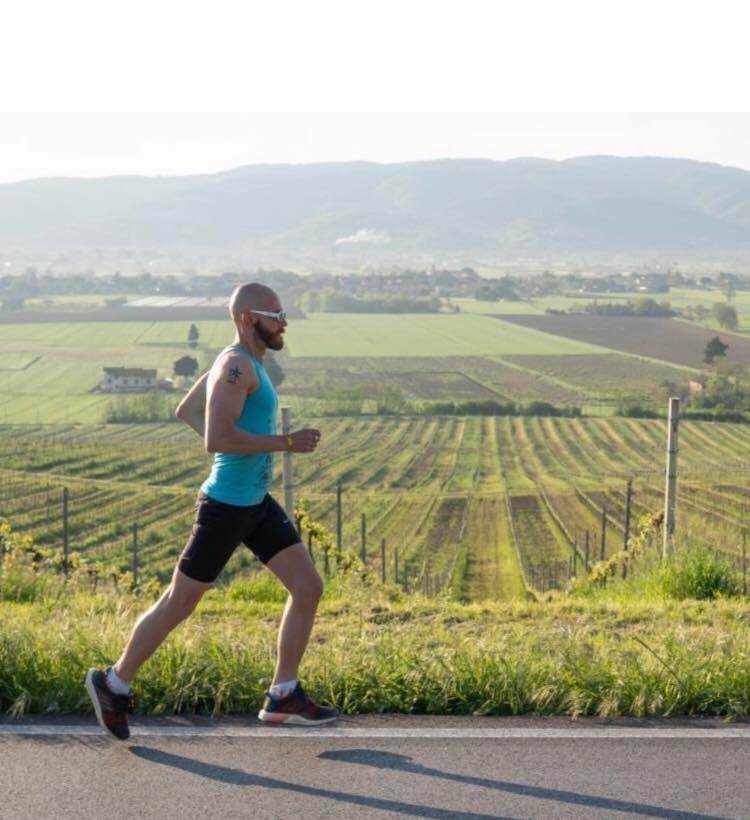 30 gennaio: Leonardo Cenci, maratoneta (46 anni)