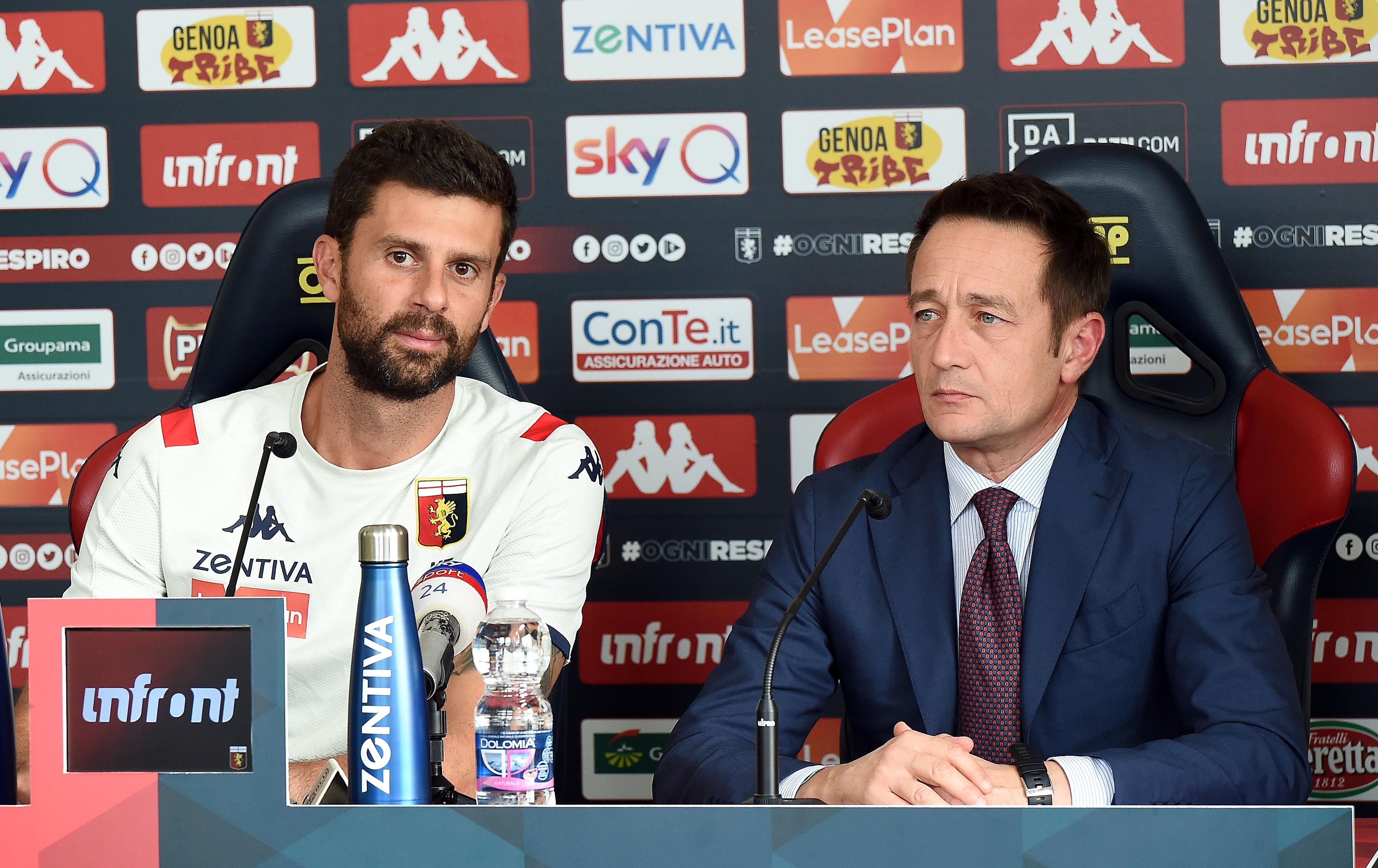 """In casa Genoa è il giorno diThiago Motta, presentato comenuovo allenatore. """"Sono onorato di essere di nuovo al Genoa. Solo lav..."""
