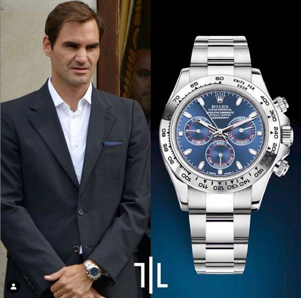 Roger Federer indossa un Rolex Daytona con quadrante blu.  Valore di mercato : 40mila euro.