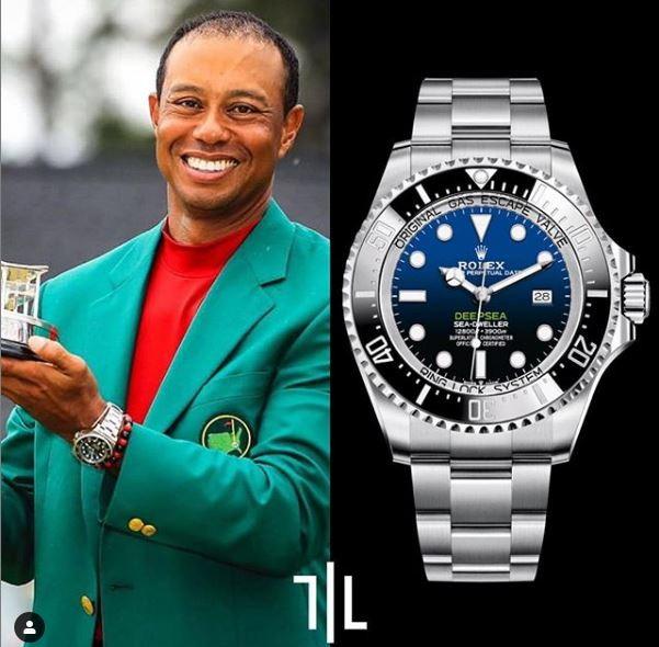 Tiger Woods indossa un Rolex Deepsea.  Valore di mercato : 15mila euro.