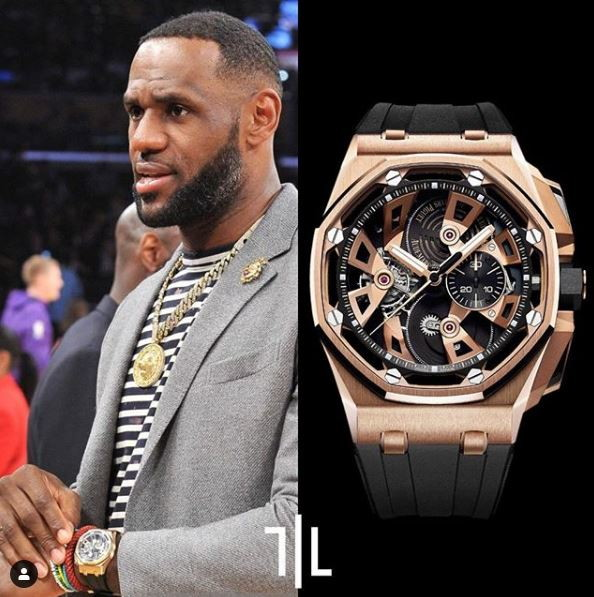 LeBron James indossa un Audemars Piguet Royal Oak Offshore 25th Anniversary Chronograph Tourbillon in oro rosa.  Valore di mercato : 310mila euro.