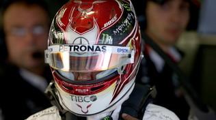 """Lewis: """"Il distacco dalle Ferrari è pesante"""""""