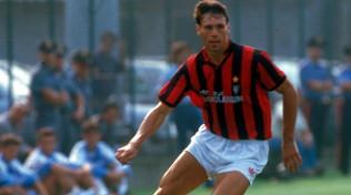 Auguri a Marco Van Basten, bomber del Milan degli invincibili
