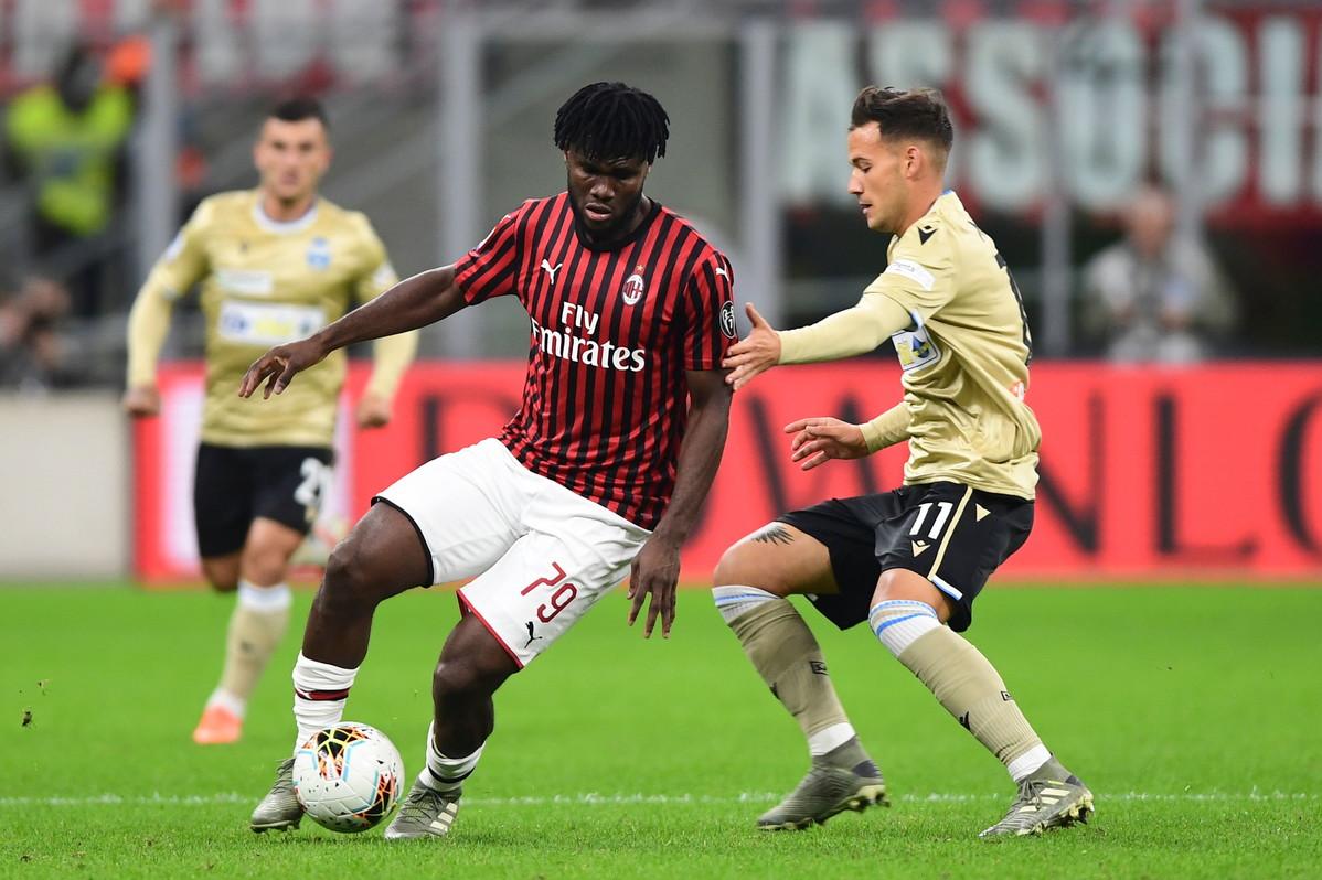 Nel posticipo della 10.ma giornata di campionato, il Milan torna alla vittoria nel match casalingo contro la Spal. A San Siro finisce 1-0 per i rosson...