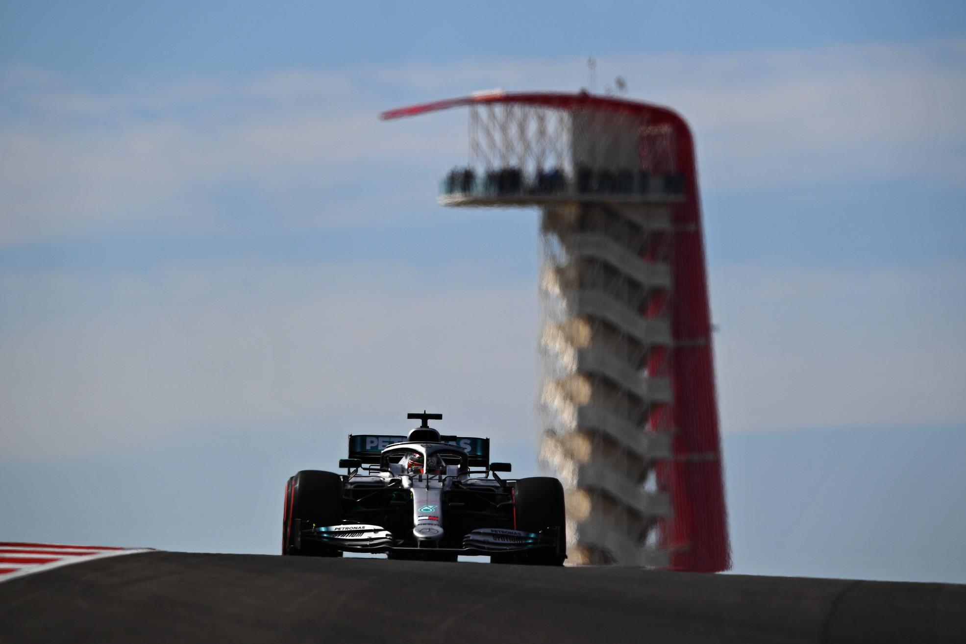 Il finlandese regola la Ferrari di Vettel in qualifica, solo 5° il quasi campione Hamilton