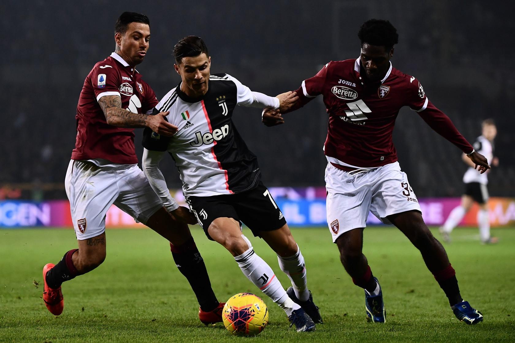 La Juve conquista il derby della Mole e torna in vetta alla classifica, a +1 sull'Inter che aveva vinto 2-1 a Bologna. All'Olimpico di Torino ...