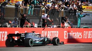 Per Hamilton è il giorno del trionfo