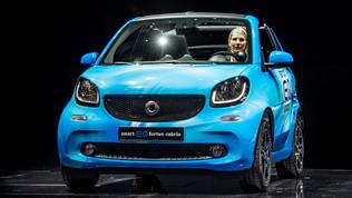 Smart Fortwo EQ regina di ottobre, cresce il mercato italiano