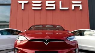 Tesla, un dominio mondiale. Ma crescono i marchi cinesi