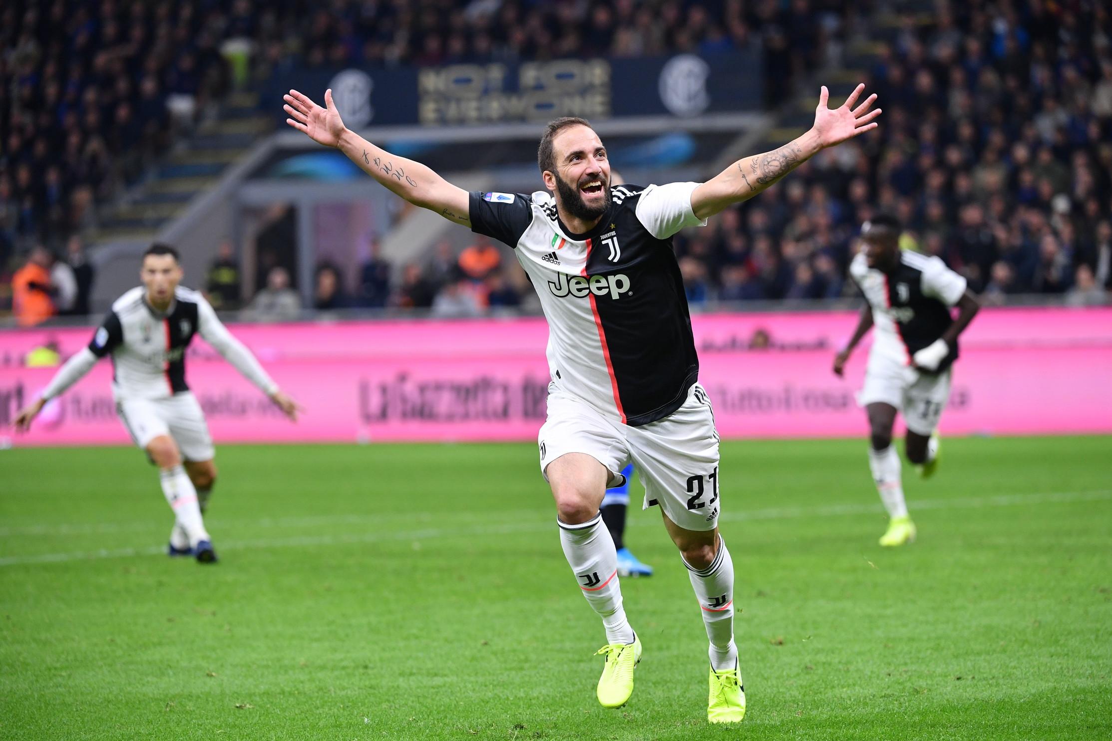 Gonzalo Higuain: Juventus 2016-18 e 2019-, Milan 2018-19