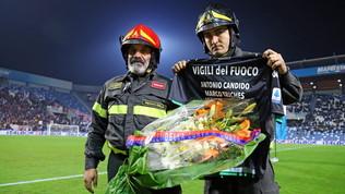 Lo sport in lutto per i pompieri morti