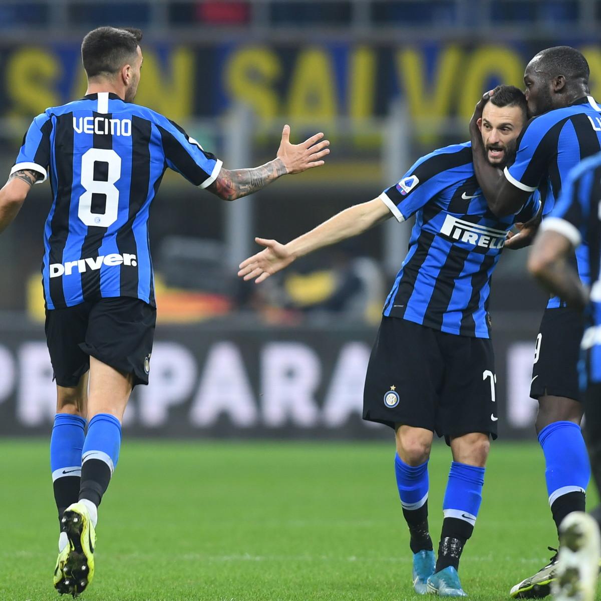 Serie A, Inter-Verona 2-1: Vecino e Barella firmano la rimonta