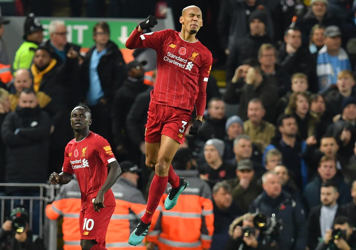 Liverpool sempre piùprotagonista in Premier. Nel 12.mo turno di andata i campioni d'Europa hanno travolto 3-1 il Manchester City e co...