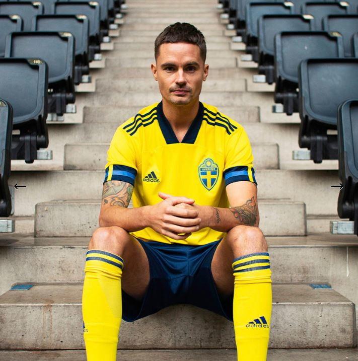 adidas ha svelato la maglia degli svedesi per gli Europei.