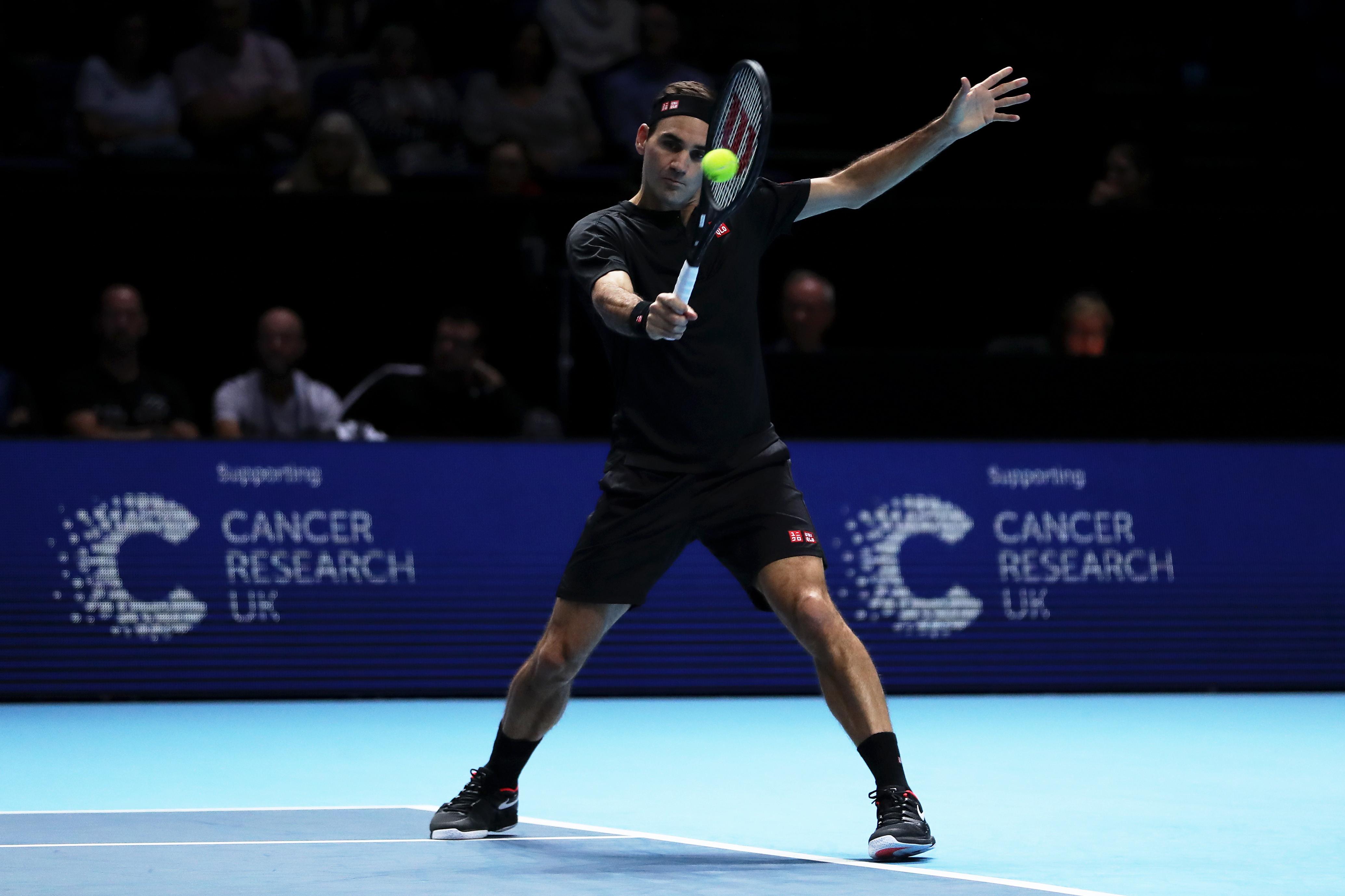 ATP Finals, l'azzurro costringe al tie-break King Roger nel primo set, poi crolla nel secondo parziale