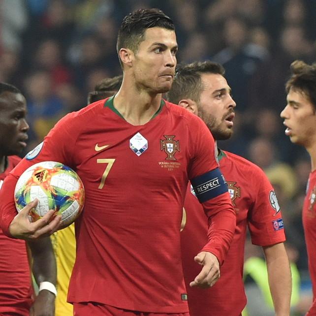 Portogallo-Lituania 1-0 LIVECR7 la sblocca su rigore