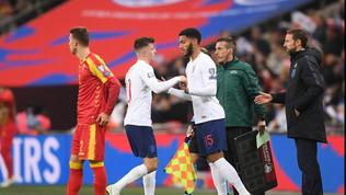 """Gomez fischiato a Wembley: Sterling lo difende: """"Colpa mia"""""""