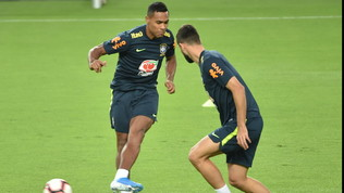 Tegola Juve, Alex Sandro ko col Brasile: Sarri trema