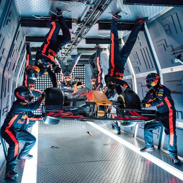 Red Bull, un pit stop in assenza di gravità