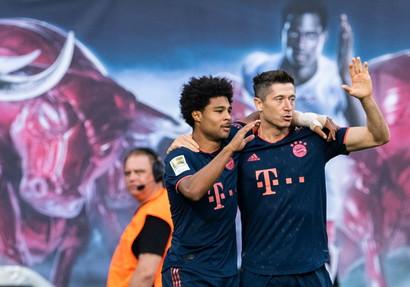 Lewandowski-Gnabry (Bayern) - 19 gol