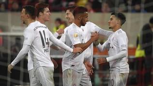 Bundes: il Bayern ne fa 4 e accorcia sul Borussia M'Gladbach, vince anche il Lipsia