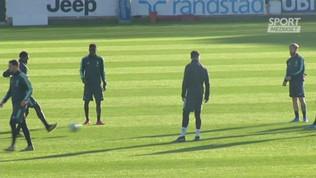 Juventus, lungo colloquio tra Cristiano Ronaldo e Sarri