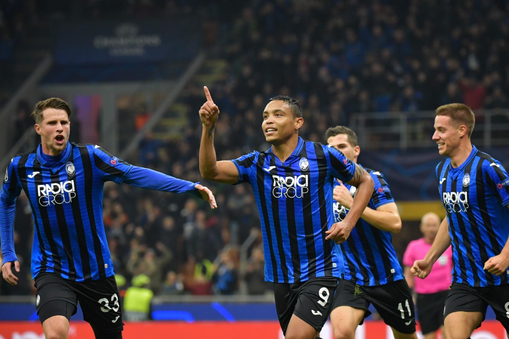 Nella quinta giornata della fase a gironi, l'Atalanta supera la Dinamo Zagabria e centra la prima vittoria della propria storia in Champions Leagu...