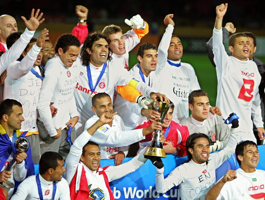 Internacional: una (2006)