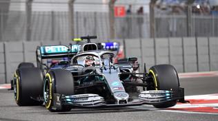 L'ultima pole è di Hamilton, ennesimo pasticcio Ferrari