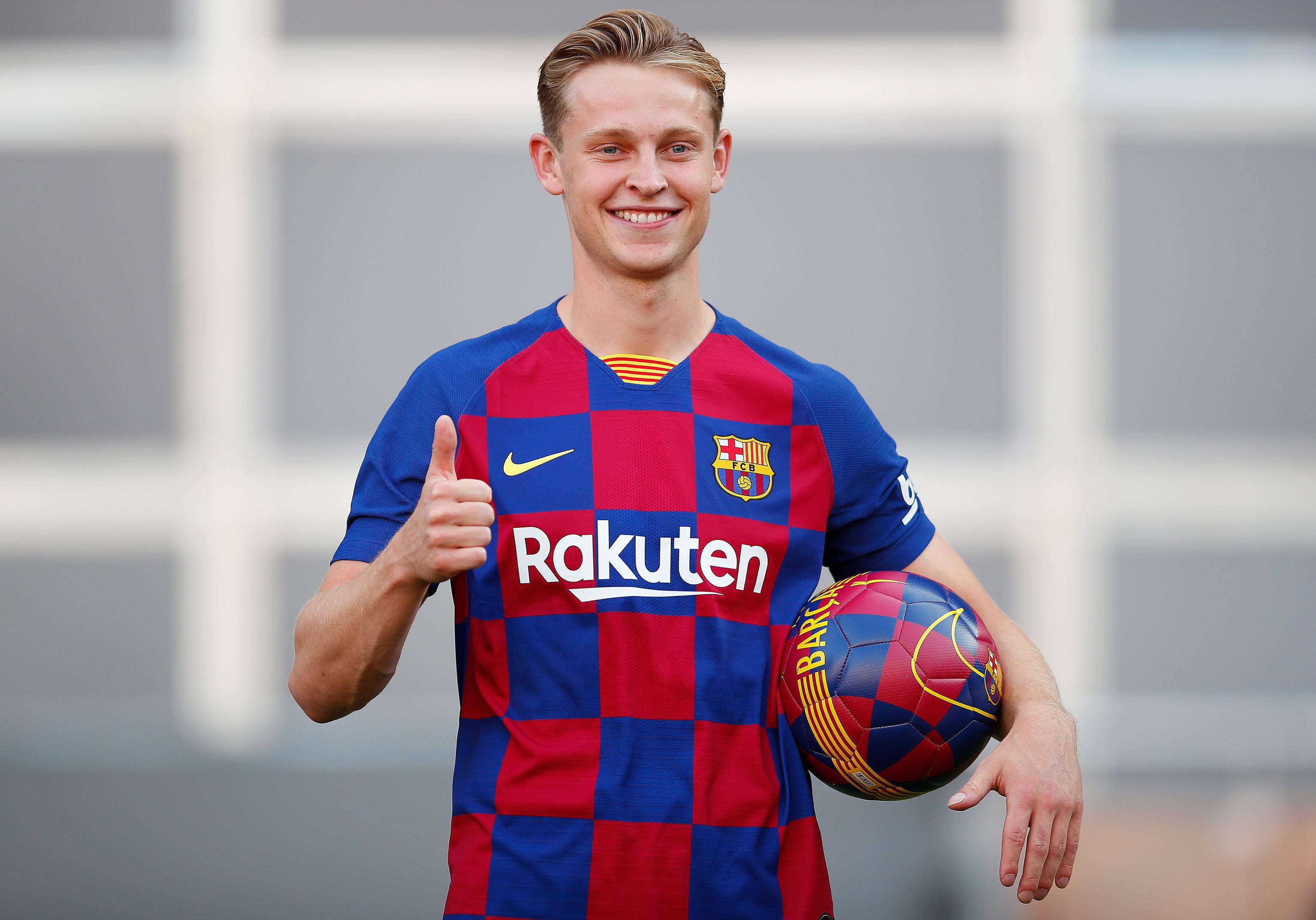 4) Barcellona: -720,5 milioni di euro