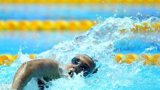 Chiusura coi botti: Quadarella d'oro e record di medaglie