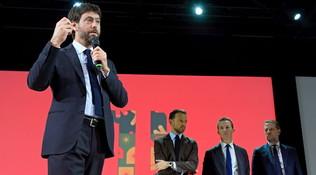 """Agnelli e Sarriin coro: """"Lo scudetto è un obbligo"""""""