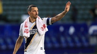Attento Milan, il Napoli rilancia per Ibrahimovic