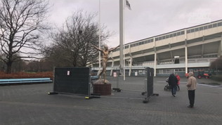 Malmoe, ancora vandalizzata la statua di Ibrahimovic