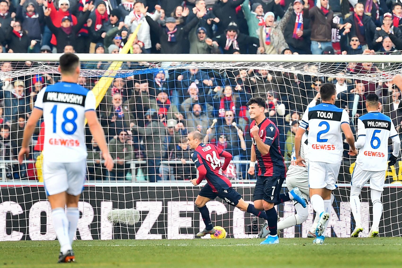 Nella 16a giornata di Serie A, il Bologna batte 2-1 l'Atalanta e torna a vincere al Dall'Ara dopo 49 giorni. Palacio sblocca il match al 12...
