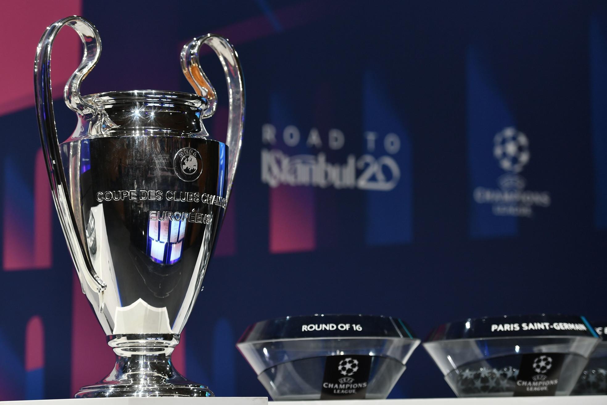 La Juve pesca il Lione, l'Atalanta il Valencia. Ma per il Napoli negli ottavi ci sarà il Barcellona.