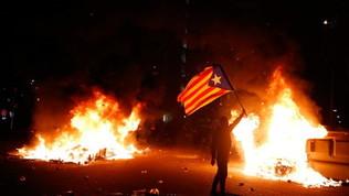 Barcellona-Real: scontri fuori dal Camp Nou