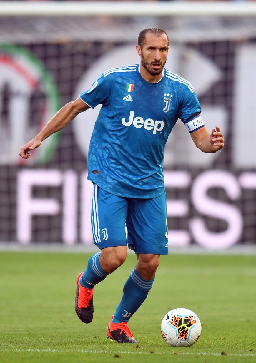 8) Giorgio Chiellini: 2,6 milioni di follower