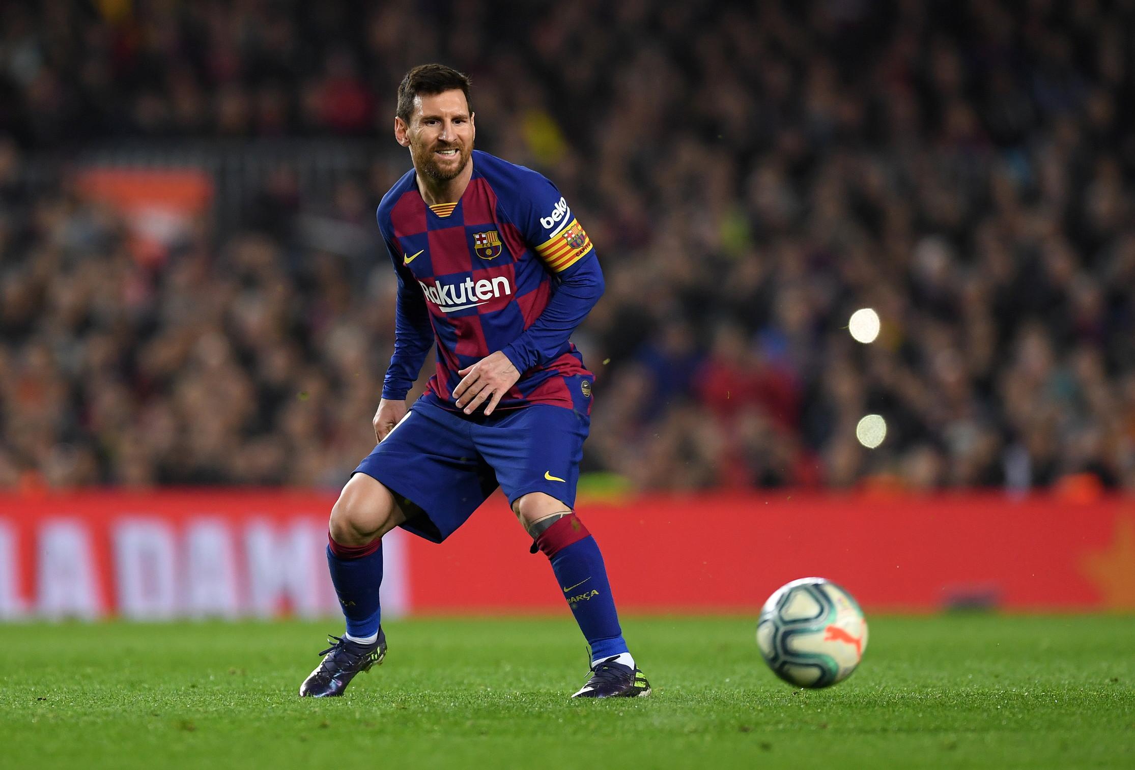 8) Lionel Messi (calcio)