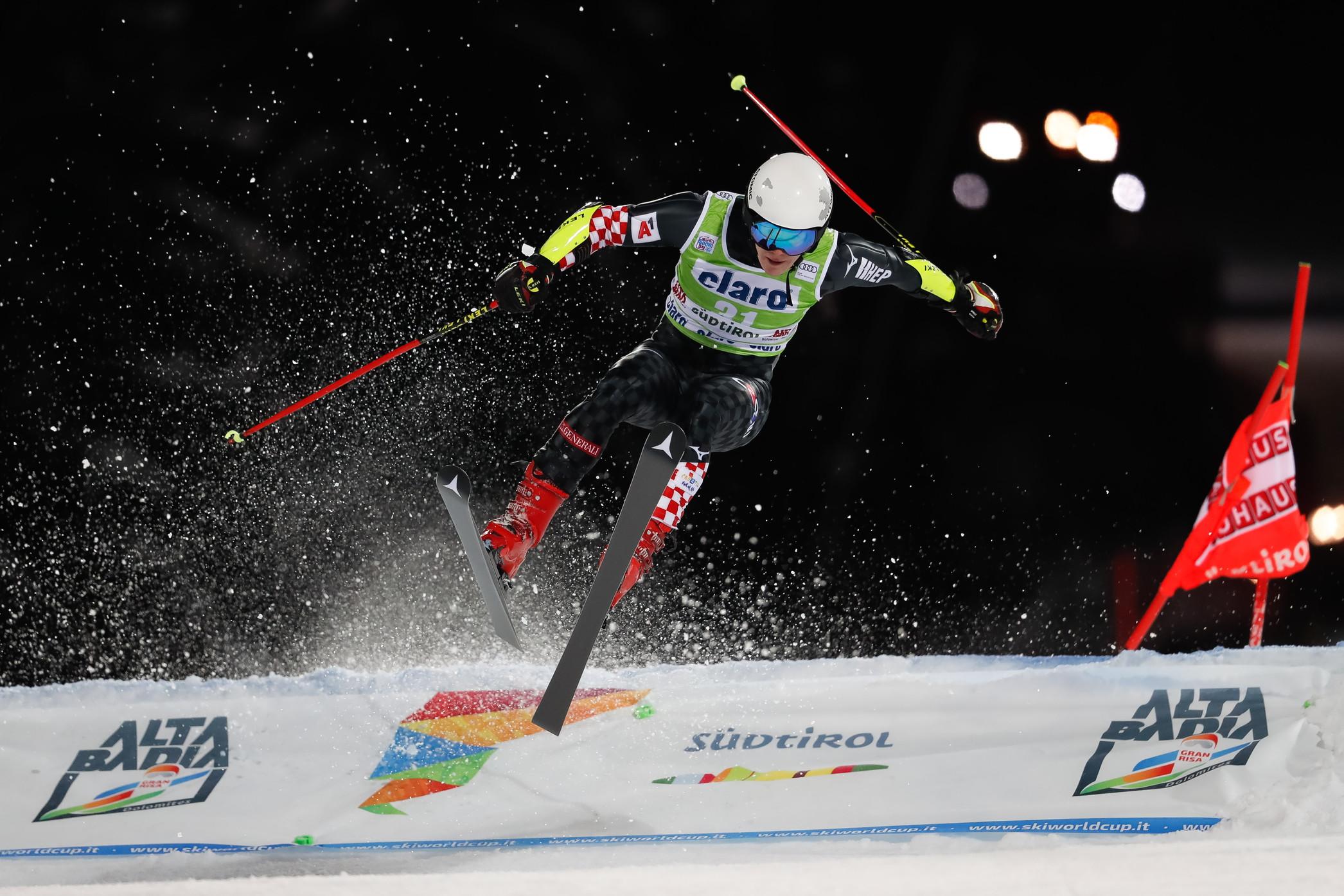 Primo successo in carriera in Coppa del mondo per Rasmus Windingstad. Il norvegese si èimposto nl gigante parallelo maschile sulla Gran Risa dell'Alta Badia, battendo il tedesco Stefan Luitz, mentre l'austriaco Roland Leitingerèsalito sull'ultimo gradino del podio.