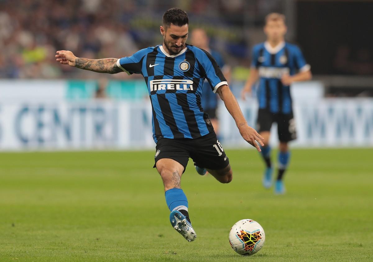 Politano (Inter): può finire al Napoli in uno scambio con Llorente
