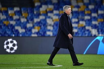 Ancelotti (Napoli, al suo posto Gattuso) alla sedicesima giornata
