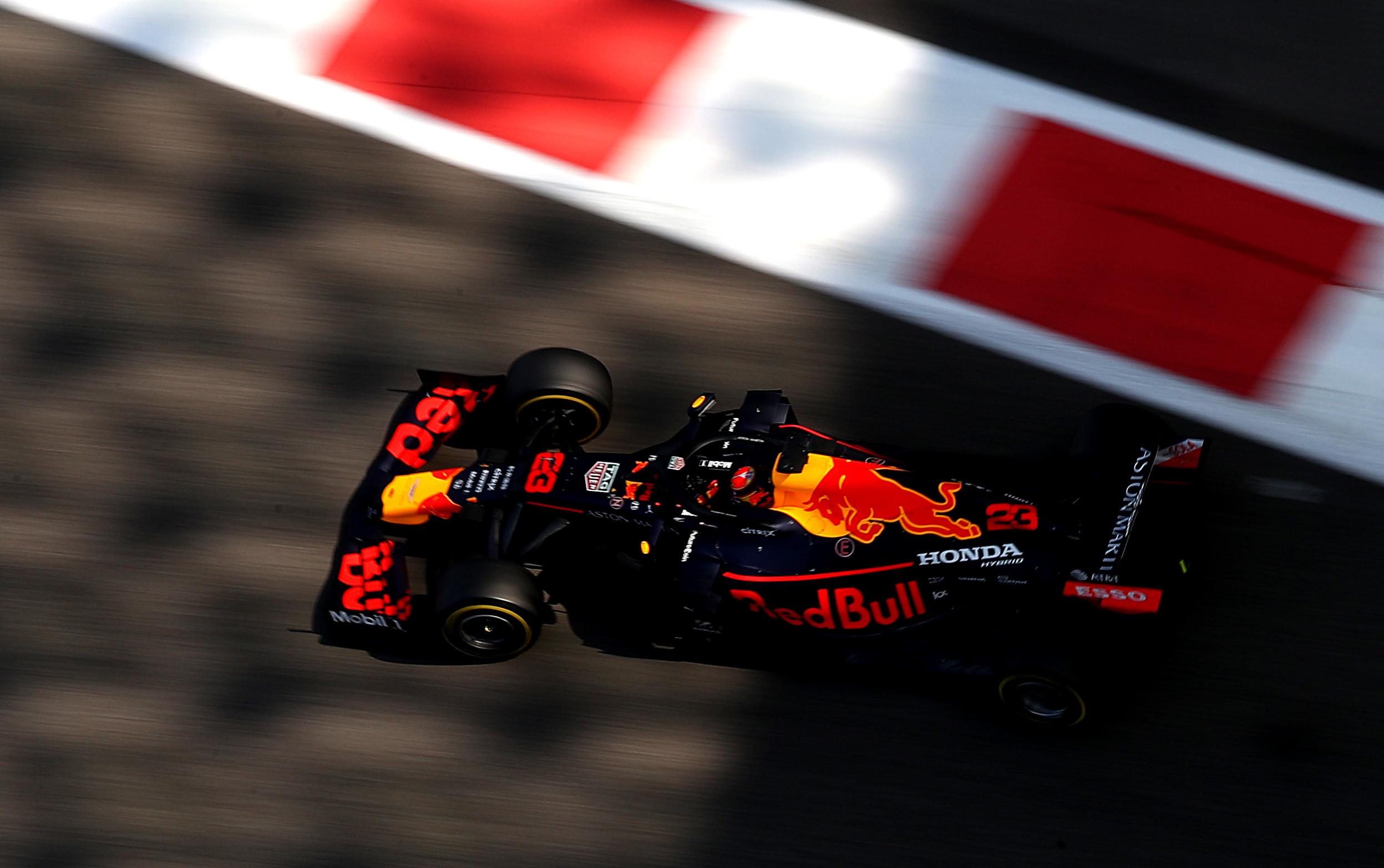 3) Red Bull (640 milioni di dollari di valore; 327 milioni di dollari di ricavo)