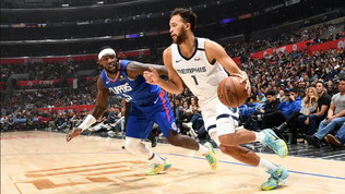 Memphis spazza via i Clippers, Milwaukee stende gli Spurs