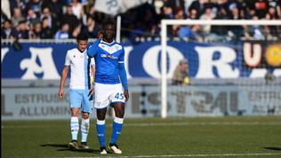 """Brescia-Lazio, cori contro Balotelli: """"Tifosi laziali, vergognatevi"""""""