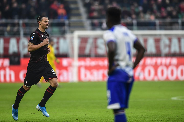 Milan-Sampdoria è la partita che segna il ritorno ufficiale di Zlatan Ibrahimovic in maglia rossonera. Ovazione dei tifosi a San Siro quando l&...